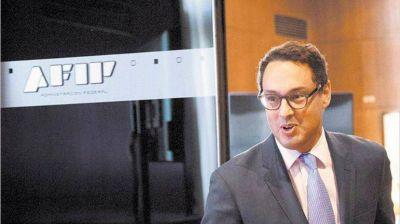 Desaparecerán 2000 cargos en la AFIP por jubilaciones y congelamiento