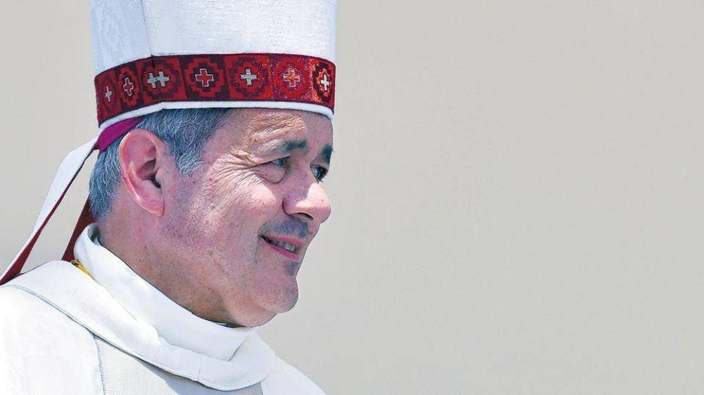 Se va el obispo Barros, acusado de encubridor