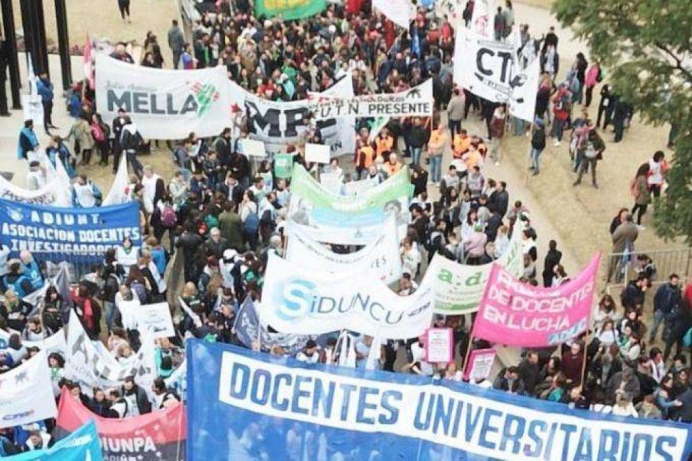 A cien años de la Reforma Universitaria, los docentes llevan adelante la Semana Nacional de Lucha