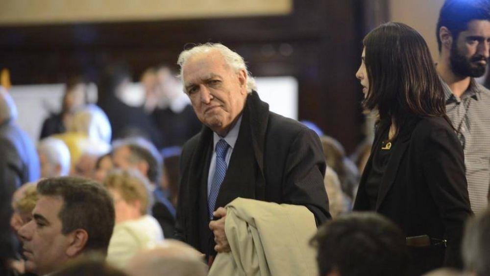 Ricardo Gil Lavedra dejó de ser abogado de la AFIP en el juicio contra Cristóbal López