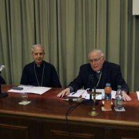 Dos proyectos buscan remplazar los decretos de la dictadura sobre los salarios a obispos
