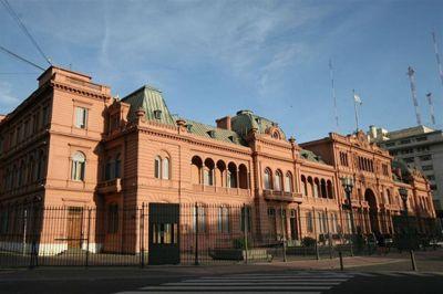 El Gobierno apunta a que provincias y municipios revisen el empleo estatal