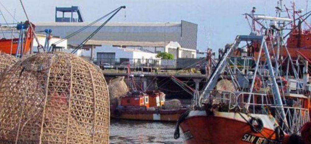 Capitanes de Pesca pidió un aumento del 27% remunerativo para la flota fresquera