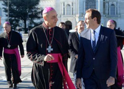 La Plata: Garro participó de la ceremonia de asunción del arzobispo Fernández