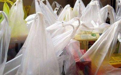 Reemplazan 10 millones de bolsas plásticas por otras ecológicas