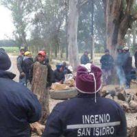 Con una promesa de continuidad laboral, levantan la toma del Ingenio San Isidro