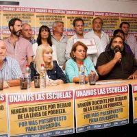 Docentes bonaerenses marcharán desde el Congreso hasta la Casa de la Provincia