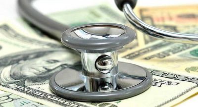 Anticipan importantes subas en los costos en salud por la disparada del dólar