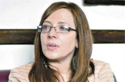 Separan a una integrante del tribunal que juzgará a Cristina