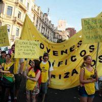 Becarios del CONICET movilizan en todo el país para reclamar aumento salarial acorde a la inflación