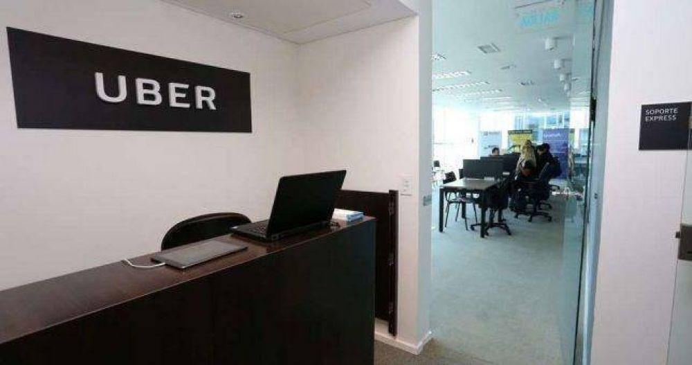 Mendoza busca darle un marco legal a Uber y los choferes buscan sindicalizarse
