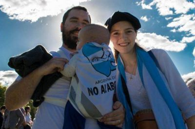 Ahora el gobierno se manifiesta contra el aborto - Vía MisionesCuatro.com