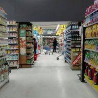 Por la suba del dólar faltan productos de segundas marcas en las góndolas de los supermercados