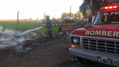 Fastidio vecinal por el humo de las quemas clandestinas de basura