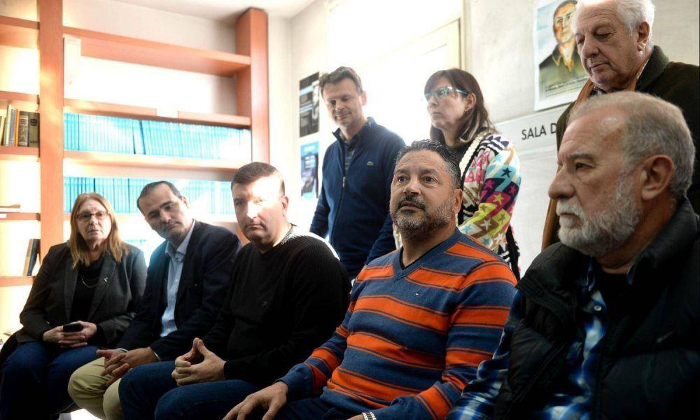 """Menéndez sale a calmar al PJ del interior: """"La conurbanización no nos hizo bien"""""""