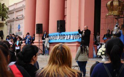 La Iglesia hizo notar su influencia y marchó contra el aborto legal