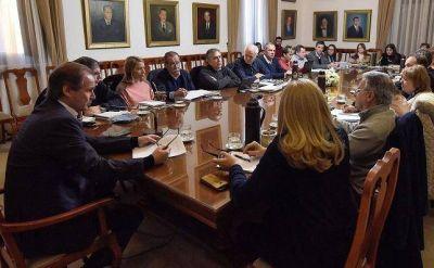 El Gabinete provincial debatió sobre obras e inversiones por $ 242 millones
