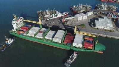Charla en Balcarce sobre beneficios de operar con el puerto de Mar del Plata