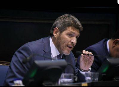 """Legislador marplatense propuso derogar el Día del Trabajador del Estado por considerarlo """"populista"""""""