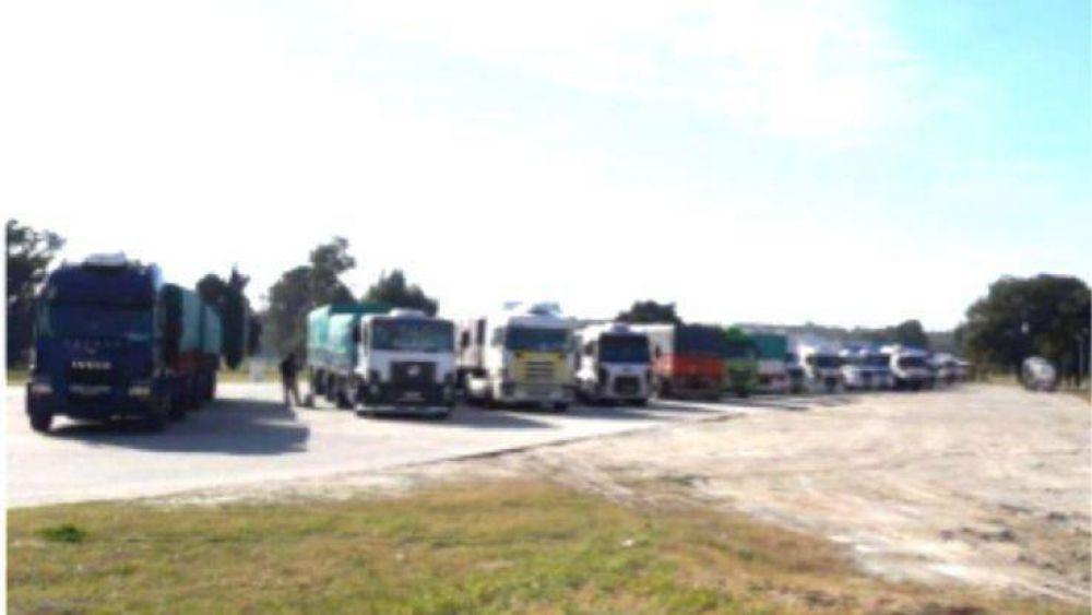 Fue rescindida la relación laboral de 44 camioneros que distribuían productos de Villa del Sur
