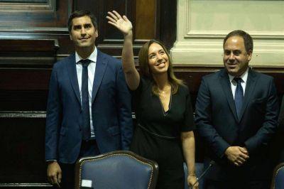 Vidal busca apoyos del PJ bonaerense contra la embestida de los gobernadores por AySA, Edenor y Edesur