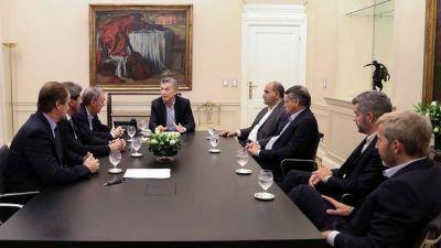 Macri y los gobernadores: los límites de un acuerdo pensando sólo en el dólar