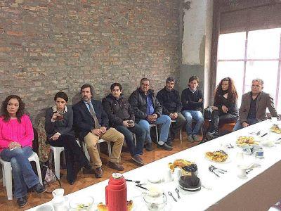 Concejales visitaron instituciones de La Dulce