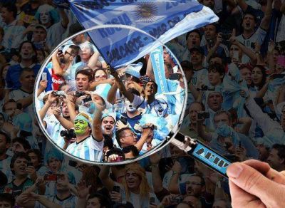 La lupa de la AFIP sobre la hinchada argentina en Rusia: ¿vocación recaudadora o golpe publicitario?