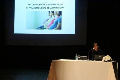 """En el Instituto Montoya se abordaron """"Cuestiones centrales en el actual debate sobre la Legalización del Aborto"""""""