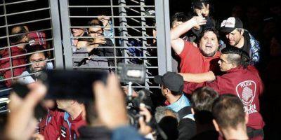 Grave persecución: Metrovías inició una demanda para quitarle los fueros gremiales a Néstor Segovia