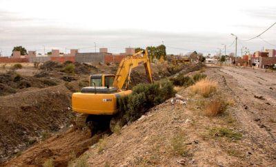 El municipio de Rawson culminó con la limpieza de los pluviales de la ciudad
