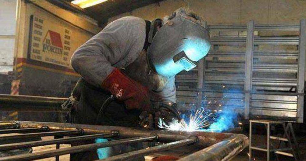 Fuerte destrucción de empleo en las metalúrgicas, que ya avizoran más ajuste