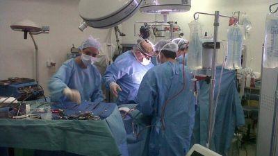Un trasplante de materia fecal salva la vida de un paciente en España
