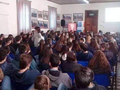 Fundación Osde ofreció una interesante charla en el Colegio San Agustín
