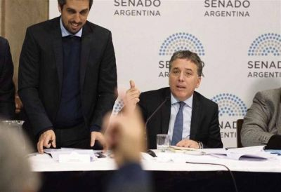 Dujovne reconoció que se estudia transferir subsidios a la Ciudad y a la Provincia