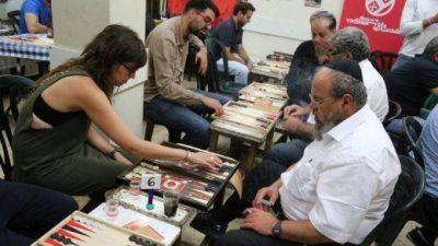 Un juego de mesa acerca a judíos y árabes de Jerusalén