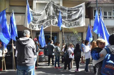 Organizaciones sociales repudiaron el derecho de admisión en la municipalidad