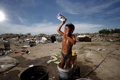 El 22% de los 44 millones de argentinos no tiene agua de red y cuatro de cada diez vive sin cloacas