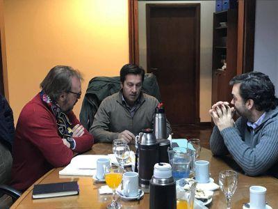 Subsecretarios del sector portuario nacional y bonaerense en Puerto Quequén