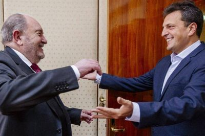 El PJ y el massismo ya se muestran juntos y unifican sus críticas al Gobierno