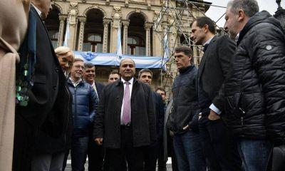 El peronismo federal sumó a Manzur, otro gobernador con aspiraciones