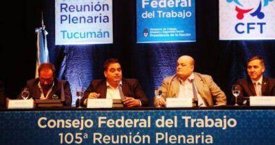 Triaca justificó los despidos en Telam y dijo que se crearon 700 mil empleos el último año