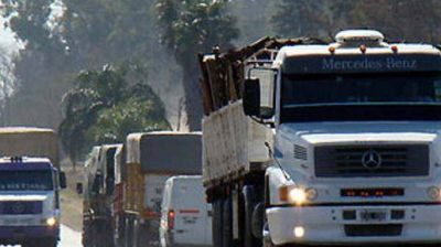 Restringen circulación de camiones en rutas