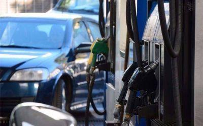 En lo que va de 2018, el desfasaje del precio de la nafta súper escaló al 40 por ciento
