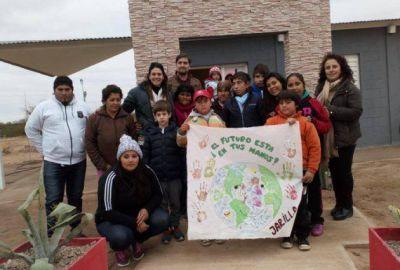 La conciencia ambiental desembarcó en La Jarilla y Desaguadero