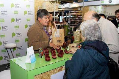 """La Ronda de Negocios de la feria """"Caminos y Sabores"""" convocó a 50 expositores y 23 cadenas de supermercados"""