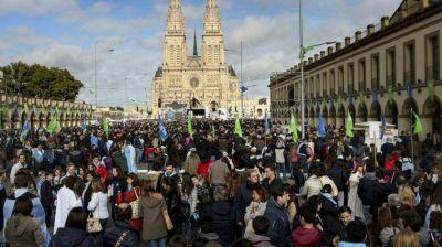 Ante miles de personas, la Iglesia planteó en Luján que