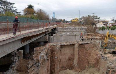 """""""La reducción del gasto no afectará las obras"""": el plan hidráulico en La Plata, por dentro"""