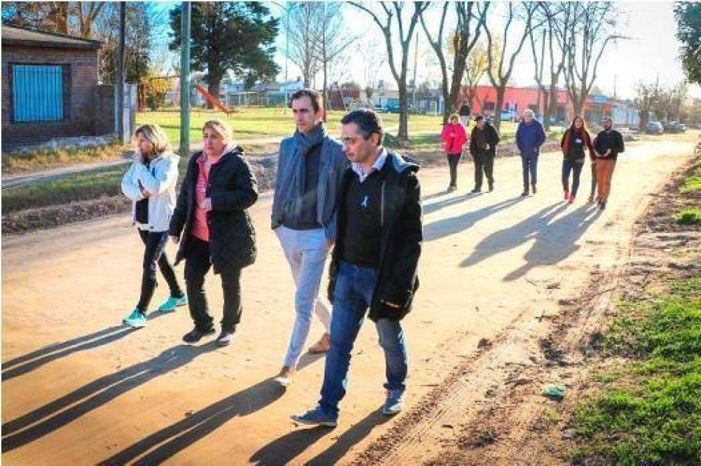 Pablo Petrecca recorrió el barrio Mayor López y las obras de desagüe