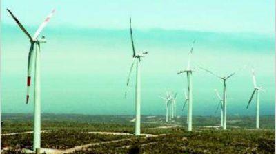 Dólar alto y dificultades de financiamiento amenazan proyectos de energías renovables